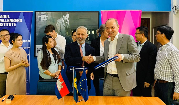 The Raoul Wallenberg Institute of Human Rights and Humanitarian Law donates money to fund human rights education in Cambodia